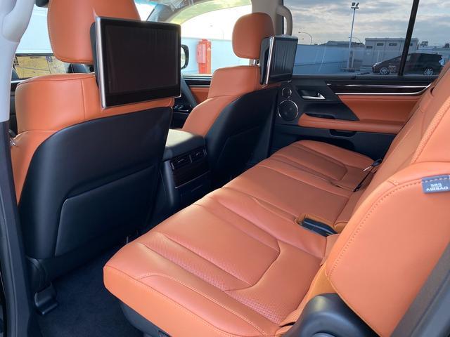 レクサスLX570後部座席モニター、金融車