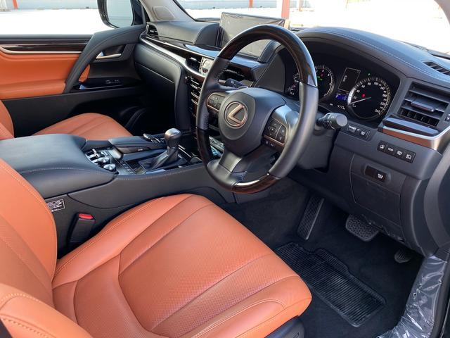 レクサスLX570、ハンドルメーター金融車