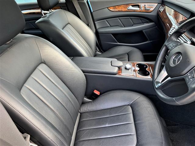 ベンツ,金融車,運転席