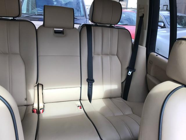 ランジローバー,金融車,後部座席