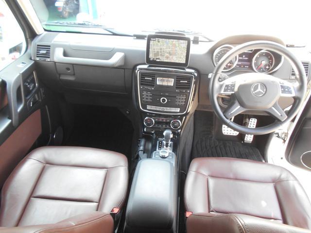 ゲレンデ金融車、車内