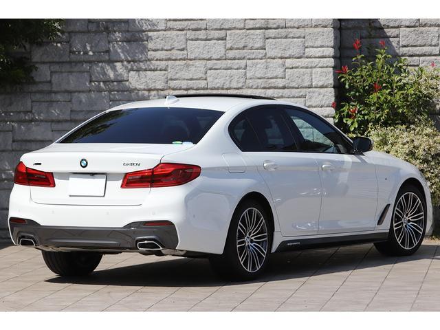 BMW5シリーズ金融車後ろボディ