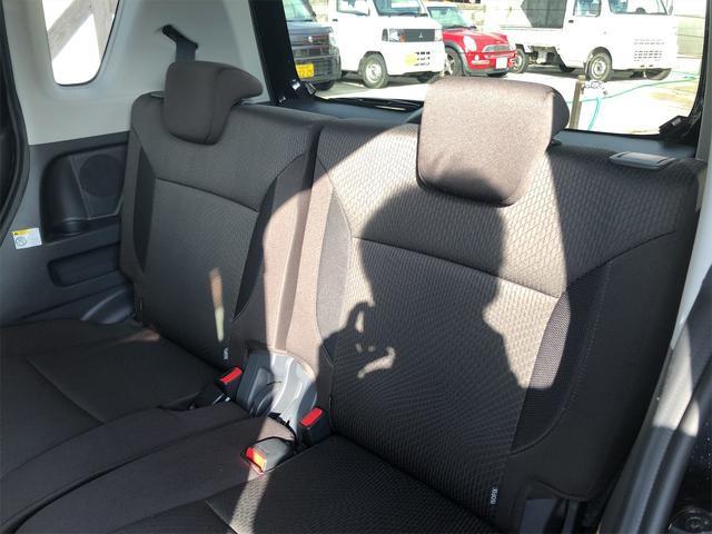 デリカD2,金融車,後部座席