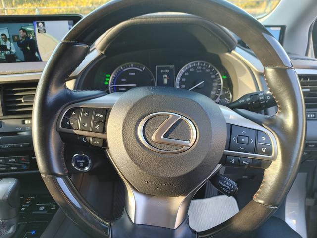 レクサスRX、ローン中売却車、運転席